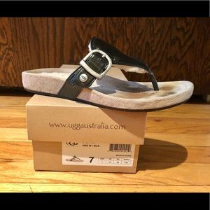 Ugg Gypsy black thong sandal -Size 7